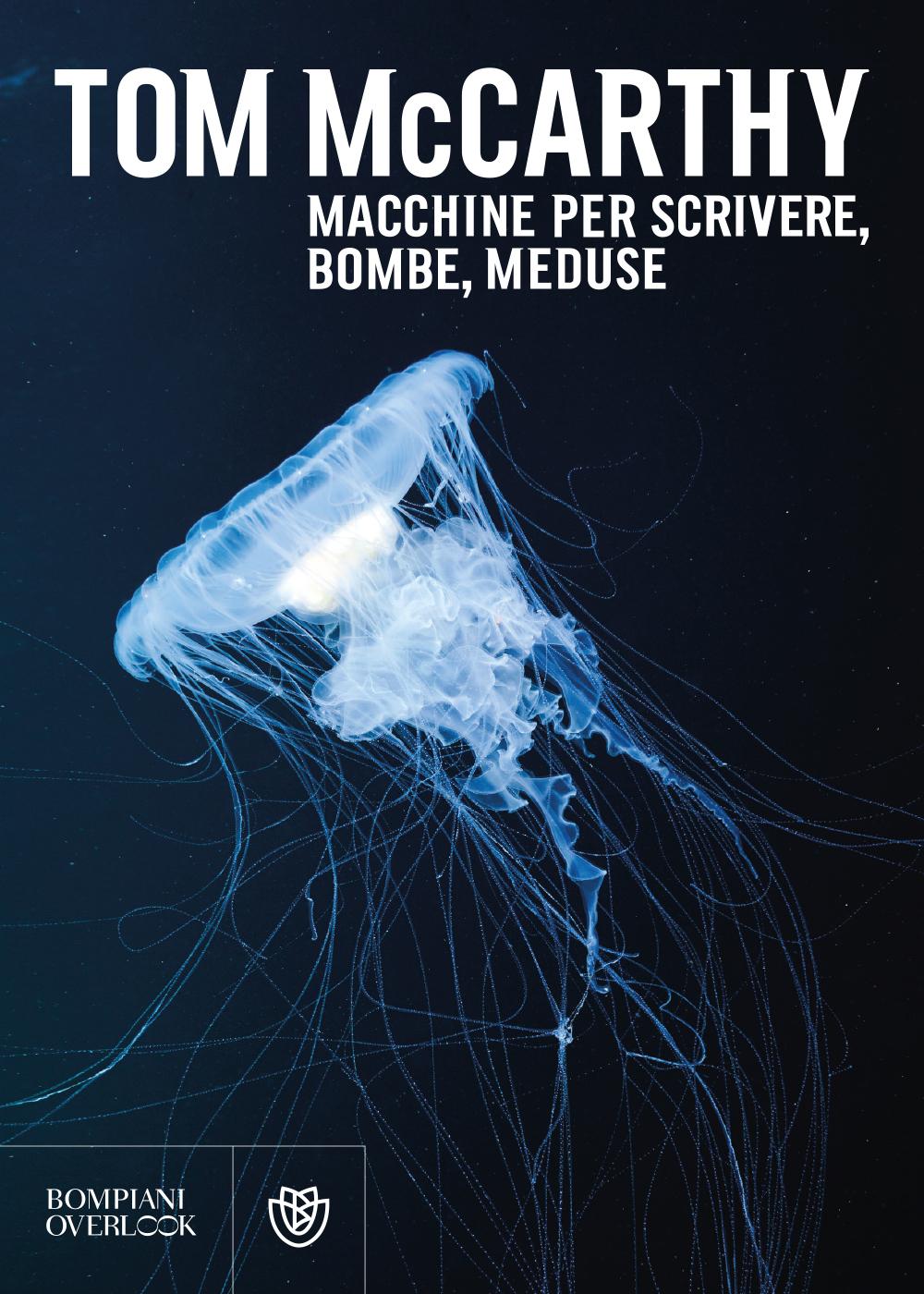 Macchine per scrivere, bombe, meduse